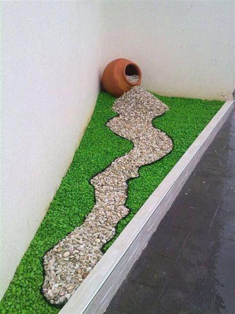 Cómo hacer jardines pequeños con piedras de colores o ...