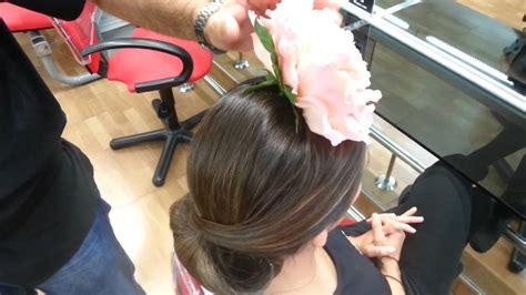 Como poner una flor de flamenca   YouTube