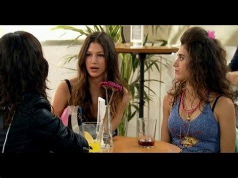 Con el Culo al aire T3 C14   Las chicas se van de fiesta ...