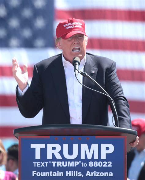 Con un muro de caricaturas, mexicanos se burlan de Donald ...