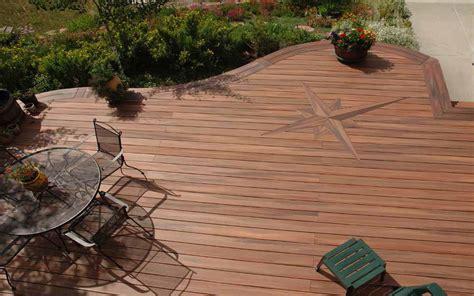Conoce el suelo de madera para exteriores y precios  El ...