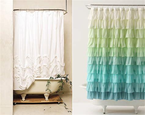 Cortinas de ducha para un baño de estilo romántico ...