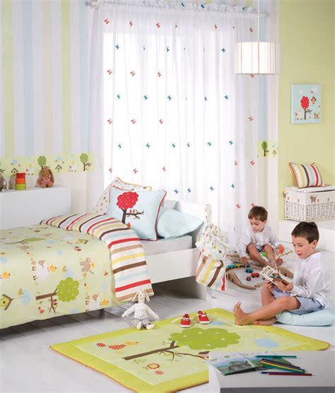 Cortinas y dormitorios infantiles