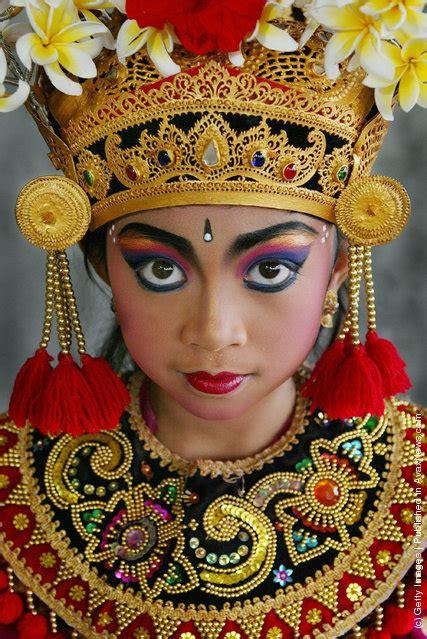 dansas tradicionales balinesas   Taringa!