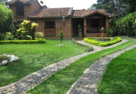 Datoonz.com = Jardines Rusticos Para Casa De Campo ...