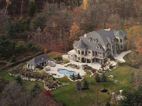 Deadmau5 Purchased This Beautiful $5 Million House In Canada