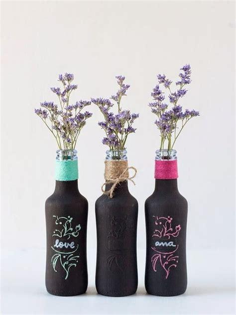 Decora con botellas de cristal y flores   Decoración de ...