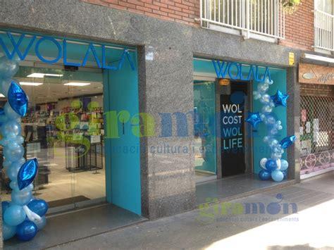 Decoración con globos para inauguracion tiendas Wolala ...
