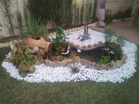 Decoración de Jardines con Piedras Blancas