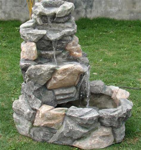 decoracion de jardines con piedras de rio