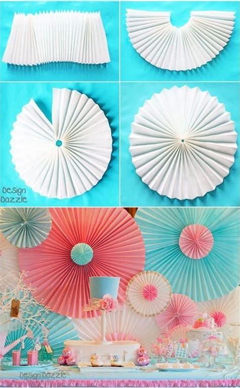 Decoracion para fiestas DIY: 3 adornos de papel   Furnit U