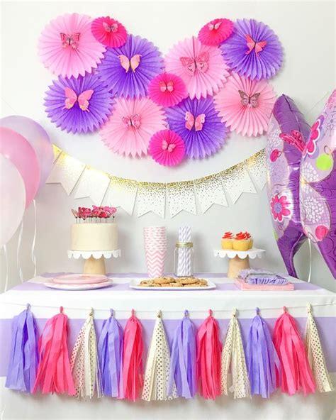 Decoración para un cumpleaños de mariposas