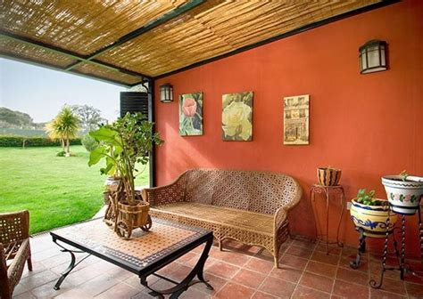 decoración terrazas pequeñas cerradas de moda