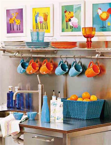 Decorar a cozinha com pouco dinheiro e muita criatividade