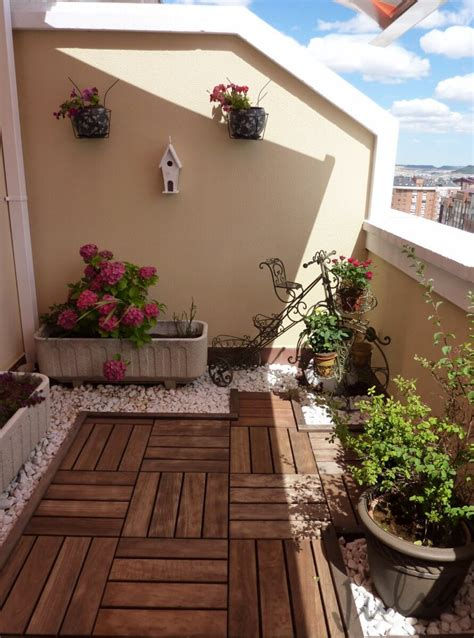 Decorate Your Balcony with Wood