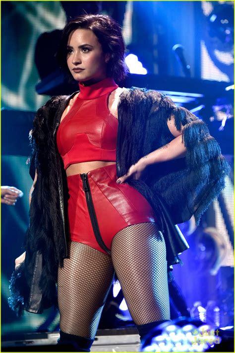 Demi Lovato age,profile,instagram,bikini,movies