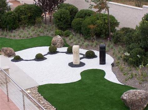 Descubre la Guía Completa para Decorar Jardines con Piedras