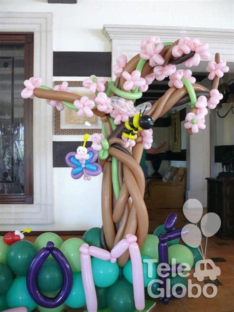 Detalle de decoración con globos para Primera Comunión ...