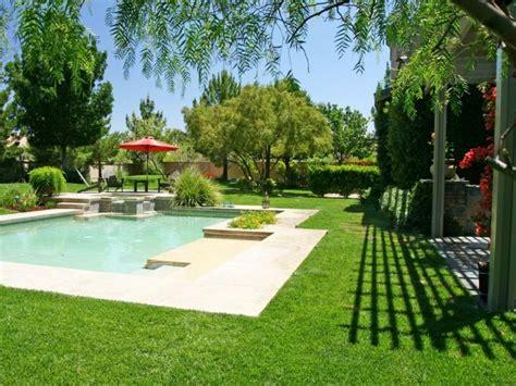 Días de verano en la piscina del jardín ideas originales