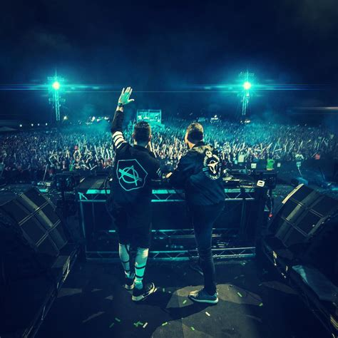 DJ Marshmello Images