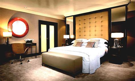 Dormitorios de matrimonio de diseño   CeHome Trucos para ...