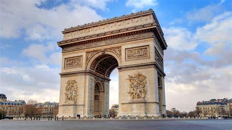 El Arco del Triunfo, en Paris  Francia