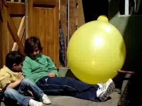 El globo mas grande del mundo   YouTube