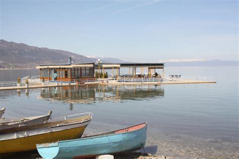 El lago y los alrededores naturales de Pogradec   Ser Turista