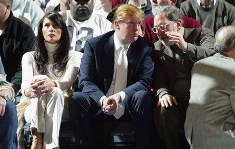 Elecciones USA: Donald trump a pie de pista en un partido ...