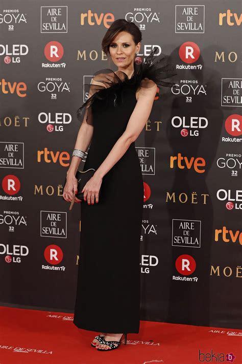 Elena Ballesteros en la alfombra roja de los Premios Goya ...
