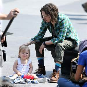 Ellen Page softly kisses baby daughter as for Tallulah ...