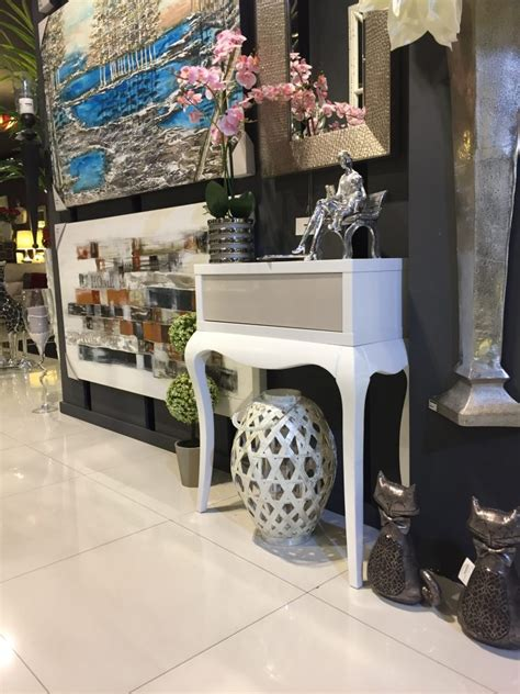 Encuentra los muebles que buscas en tu tienda más cercana ...
