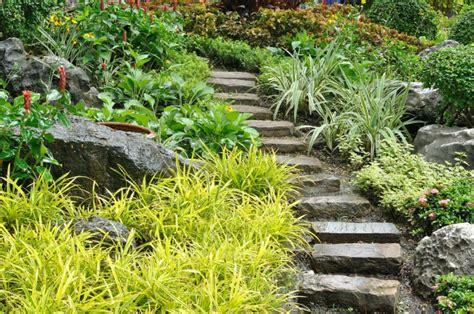 Escaleras exteriores   diseños ideales para patios y ...