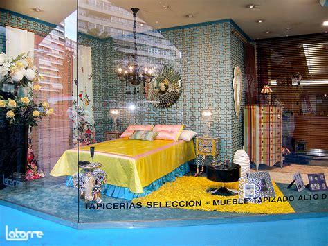 Escaparates originales de Zaragoza.  Latorre Decoración
