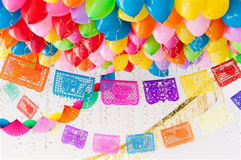 Fiesta Balloon Ceiling | Party Ideas | Balloon Time