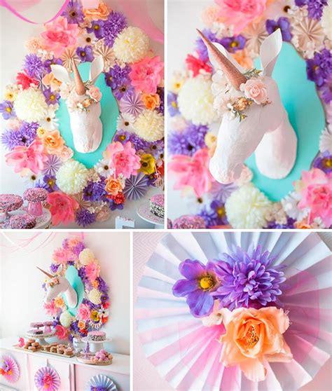 Fiesta de unicornios para niñas   Primer cumpleaños con ...
