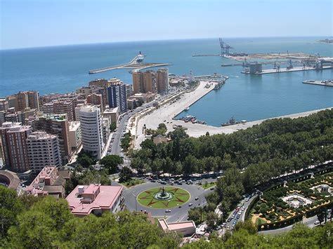 File:Fale   Spain   Malaga   8.jpg   Wikimedia Commons