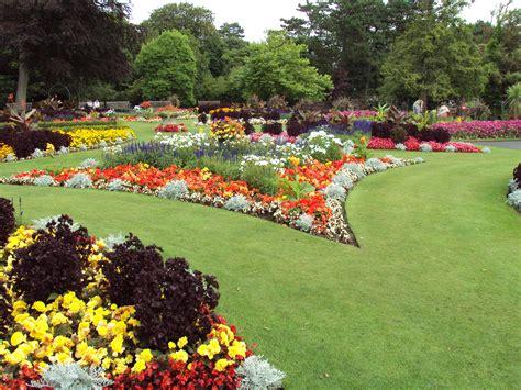 File:Flower garden, Botanic Gardens, Churchtown 2.JPG ...