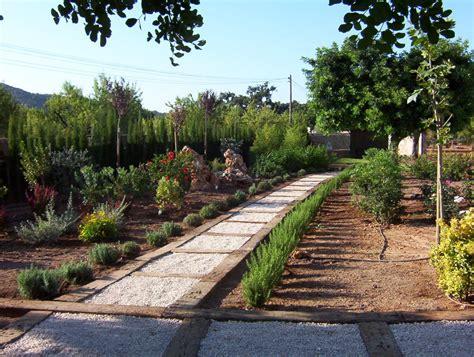 Foto: Camino de Traviesas de Tren de Jardineria Galvez ...