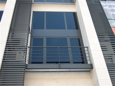 Foto: Carpinteria Aluminio, Celosias y Balcones de ...