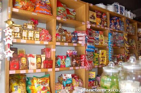 Fotos de Se traspasa Tienda de Dulces y Artículos para ...