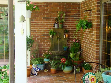 Front Porch Ideas From Rate My Space   DIY