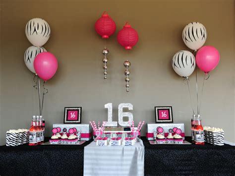 Globos fiesta de cumpleaños o aniversario con decoración ...