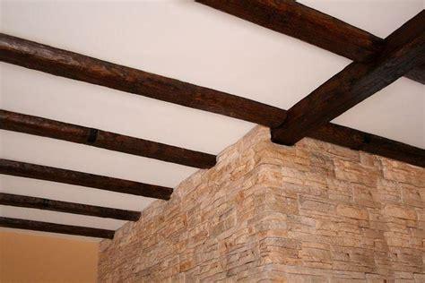 Grupo Sindec   Vigas imitación a madera