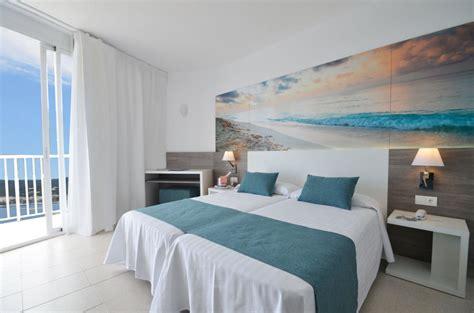 Habitacion Premium  Chillout azuLine Mar Amantis in Sant ...