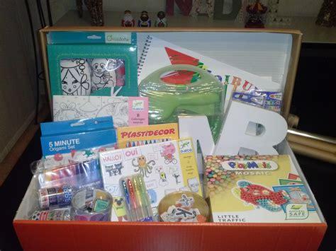 Ideas de regalo: Una caja de manualidades para niños