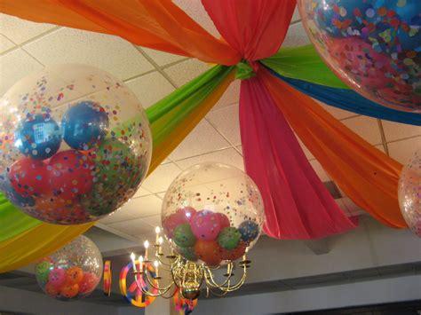 Ideas para decorar con globos rellenos   LaCelebracion.com