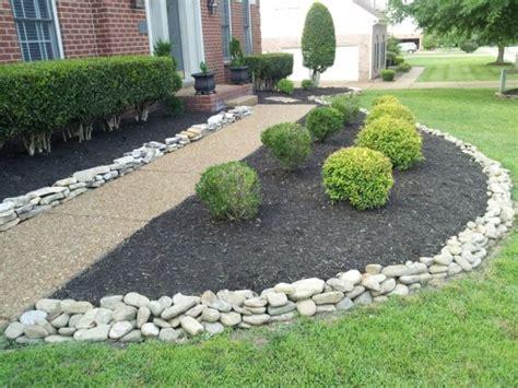 Ideas para decorar jardines con piedras | CONTRAPIEL