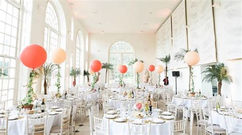 Ideas para decorar una boda con globos