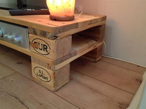 Imagenes con ideas para hacer muebles con palets para el ...
